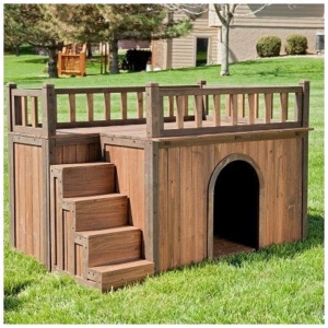 Boomer & George Wooden Outdoor Dog House